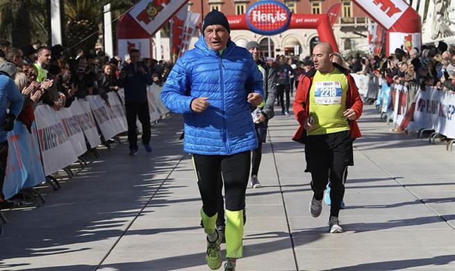 Slovenian president takes part in 19th Split half-marathon in Croatia