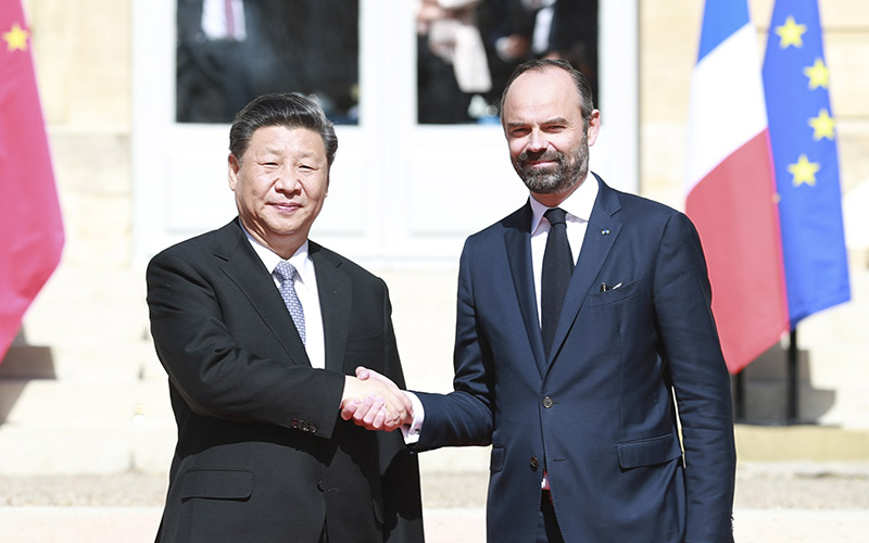 Xi meets French PM on further promoting China-France ties