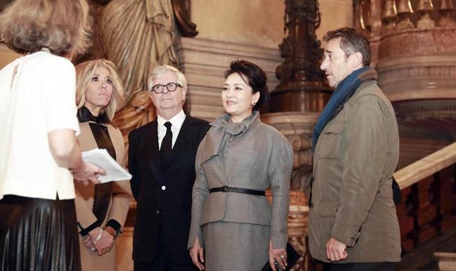 Peng Liyuan visits Opera Garnier in Paris