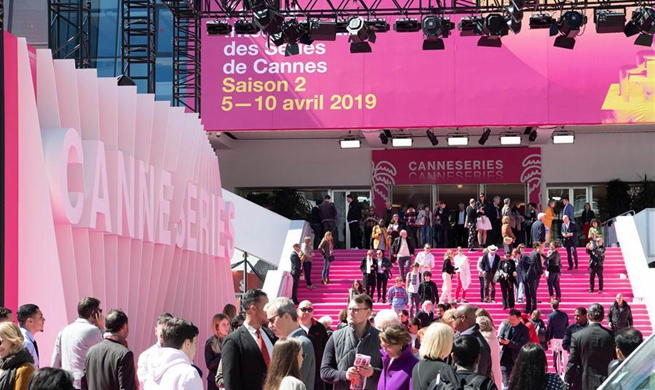Chinese exhibitors attend 2019 Cannes International Series Festival