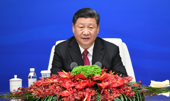 Xi meets heads of foreign delegations to events marking 70th anniversary of Chinese PLA Navy