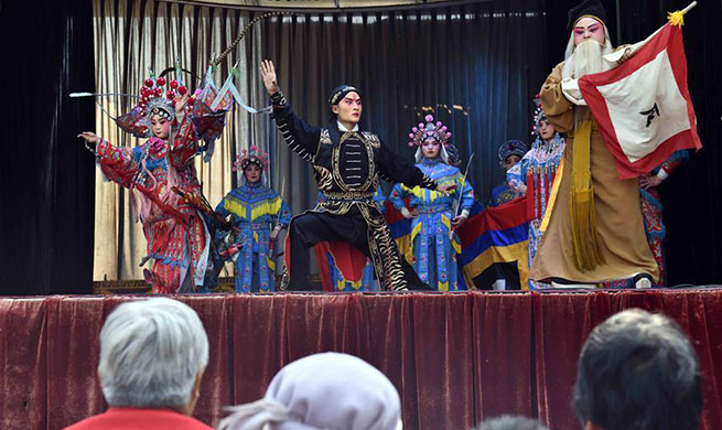 Peking Opera troupe of Chiping County performs in rural area to enrich life of villagers