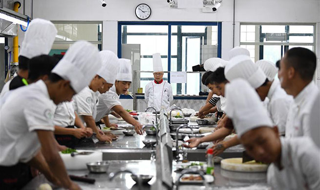 Xinhua Headlines: Cantonese cuisine fires up poverty alleviation opportunities