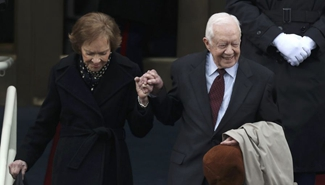 Spotlight: Jimmy Carter receives award for role in China-U.S. relations