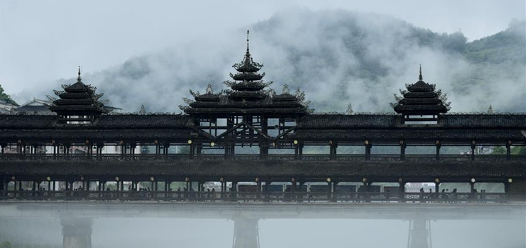 """In pics: traditional """"wind and rain bridges"""" in Enshi, central China's Hubei"""