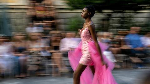 Greek fashion designer presents collection inspired by Aphrodite de Milo