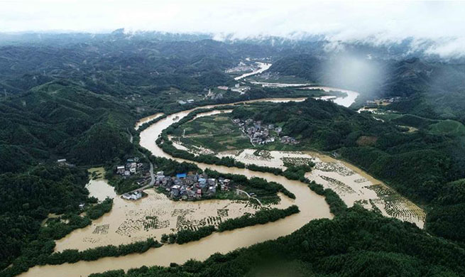 China rescues over 6,000 people in flood season: ministry