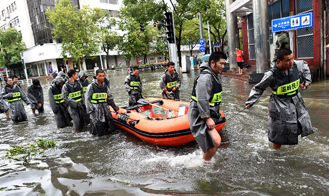 Xinhua Headlines: China battles powerful Typhoon Lekima
