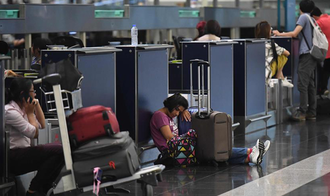 Hong Kong cancels all flights as protesters disrupt airport