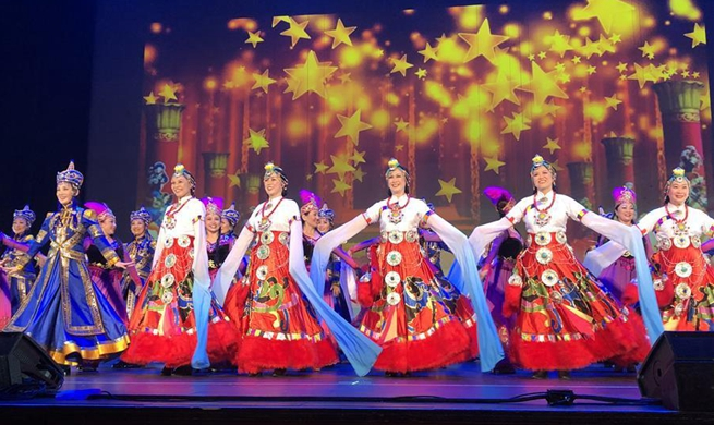 Southern California Chinese present art performances to celebrate 70th anniversary of PRC founding