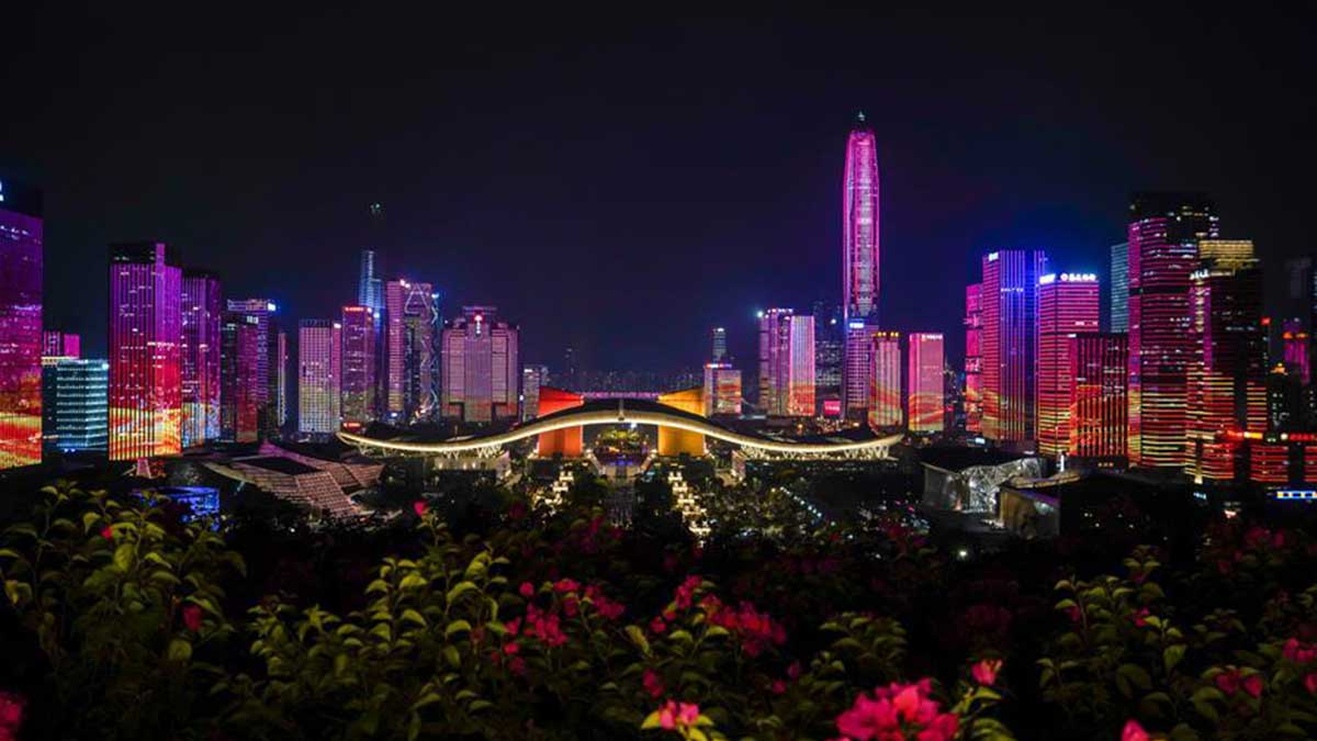 Light show celebrating 70th anniversary of founding of PRC held in Shenzhen