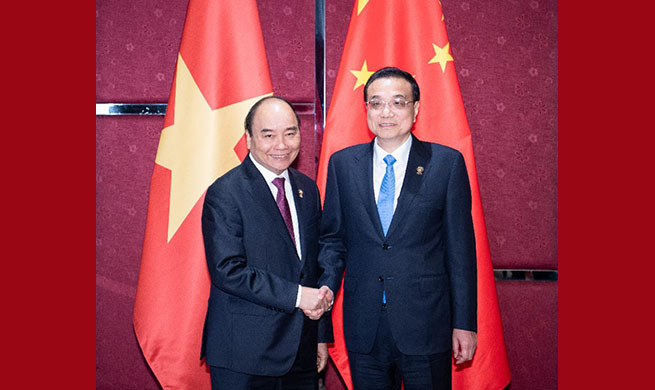 China, Vietnam need to properly handle maritime issues: Premier Li