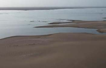 Dried-up lake in China's Dunhuang recovers