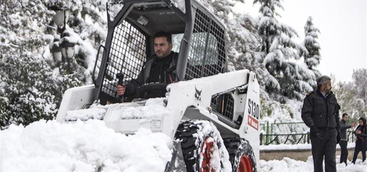 Snowfall hits Tehran, Iran