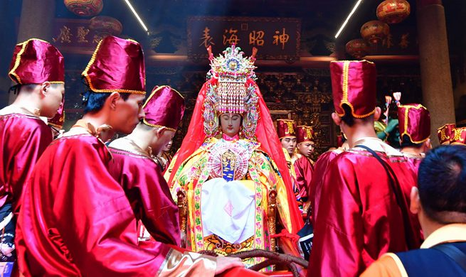 "Xinhua Headlines: Chinese sea goddess Mazu ""visits"" Bangkok for cultural exchanges"