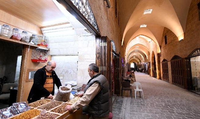 Will of life resurrects old Aleppo souks in Syria after devastation