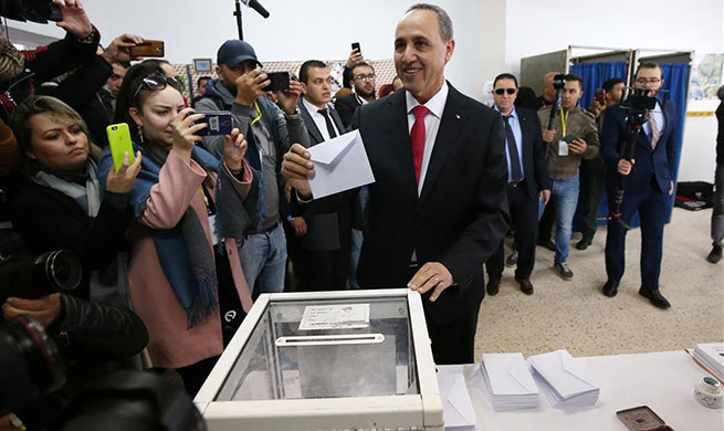 Voting begins in Algerian presidential election