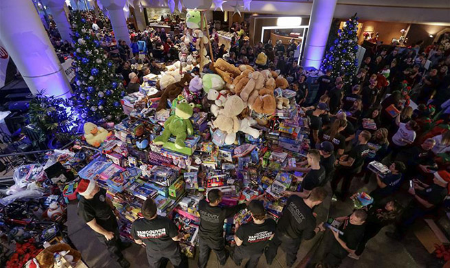 Pan Pacific Christmas Wish Breakfast in Vancouver collects toys for children, families in need