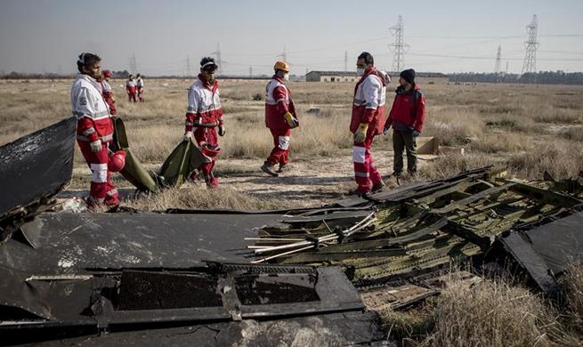 Iran seeks U.S., French help to decode crashed Ukrainian plane's black box