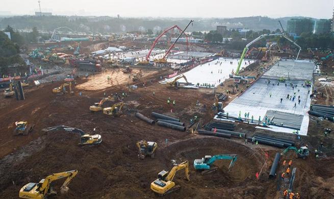 Construction of Huoshenshan Hospital underway in Wuhan