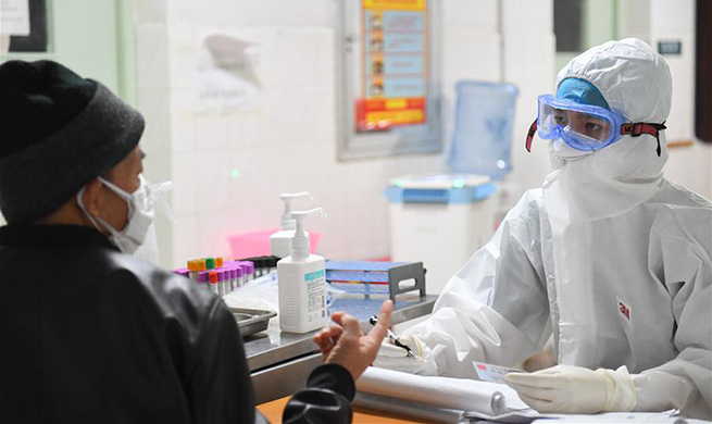 Pic story: Young male nurse volunteers to join battle against epidemic in central China's Hunan