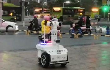 5G robots help epidemic control