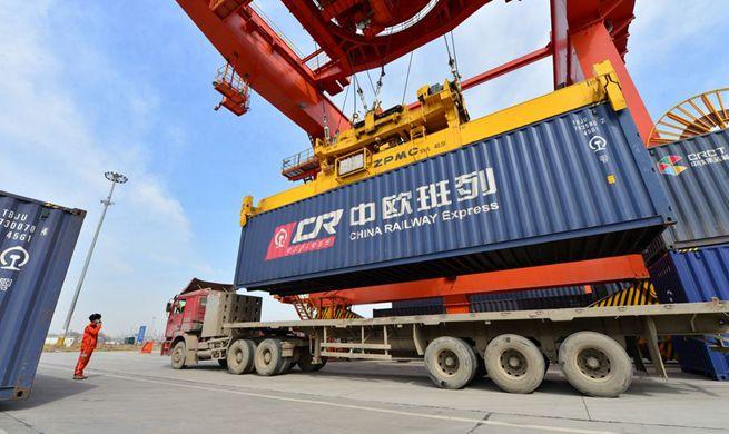 Xinhua Headlines: Work resumption in China raises hope for virus-hit European economies