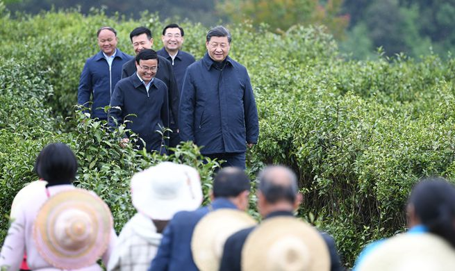 Xi inspects poverty alleviation in northwest China's Shaanxi Province