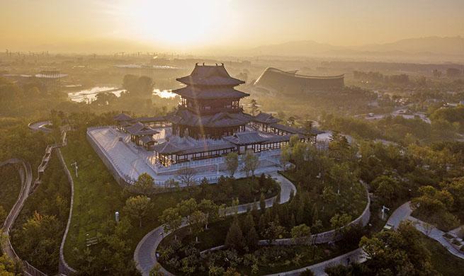 Xinhua Headlines: Beijing revs up building of garden city after grand horticultural expo