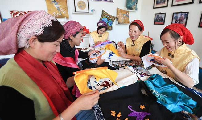 Embroidery workshop helps locals increase income in Gansu