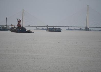 Water exceeds guaranteed level at freshwater lake