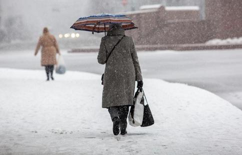 Snow hits Riga, Latvia