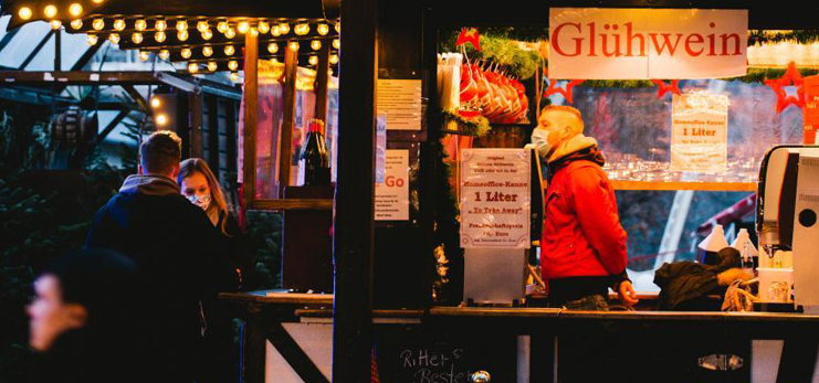 In pics: mini Christmas market during COVID-19 pandemic in Essen, Germany