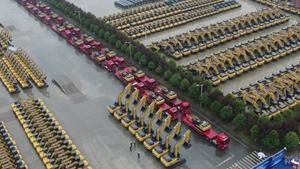 China's H1 excavator sales surge 85 pct