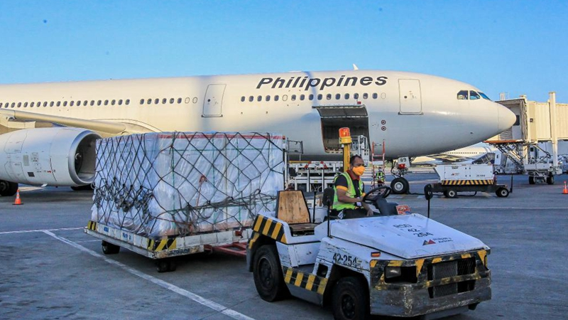 Philippines receives more Sinovac vaccines purchased from China