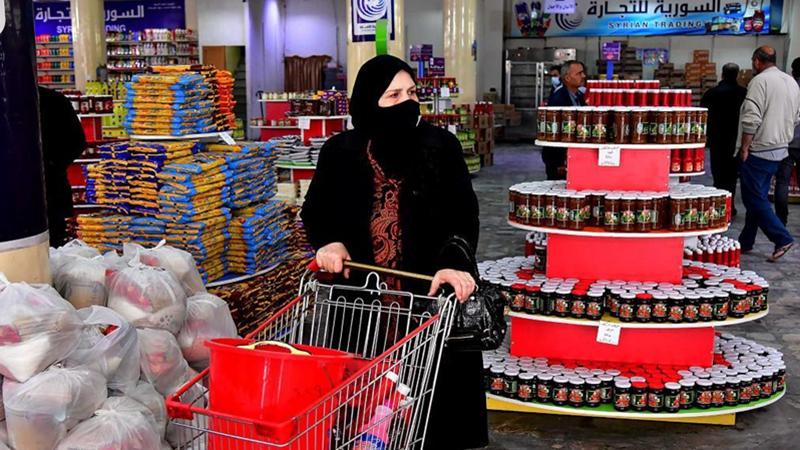 Syrians do shopping ahead of Ramadan