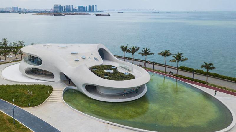 Wormhole Library in Hainan opens to public