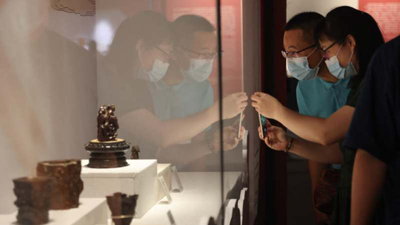 China (Hainan) Museum of South China Sea holds Palace Museum Collection exhibition