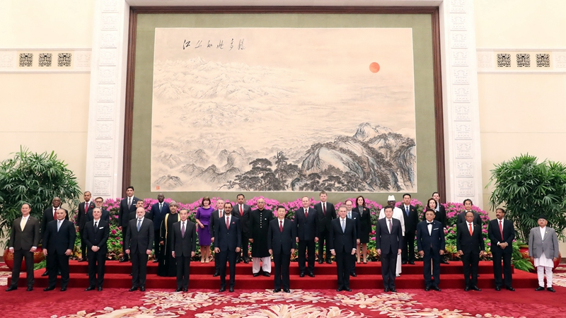 Xi receives credentials of 29 ambassadors