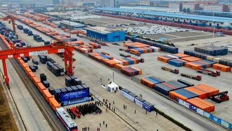 China-Europe freight train advantageous, promising, says Finnish minister