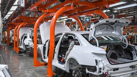 Chinese market stabilizes business of German car manufacturers: EY study