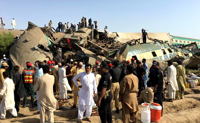 36 killed, over 70 injured in train collision in southern Pakistan