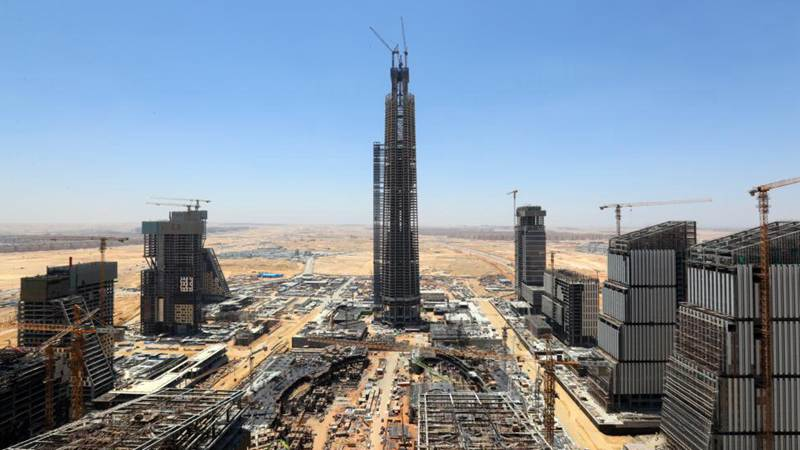 Feature: China-built tallest skyscraper in Africa topped out in Egypt's new capital