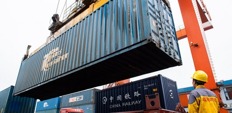 China's logistics sector outperforms pre-pandemic level