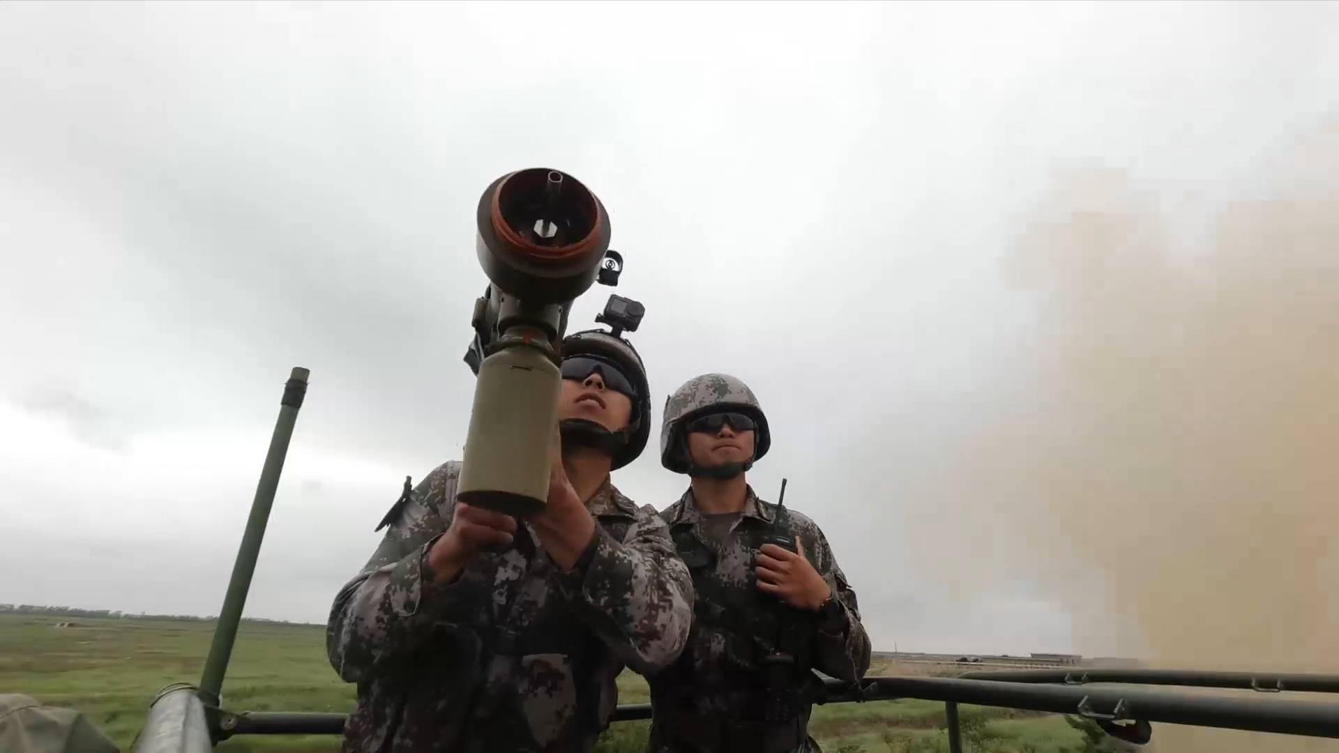 GLOBALink | Live-fire drill held to mark China's Army Day