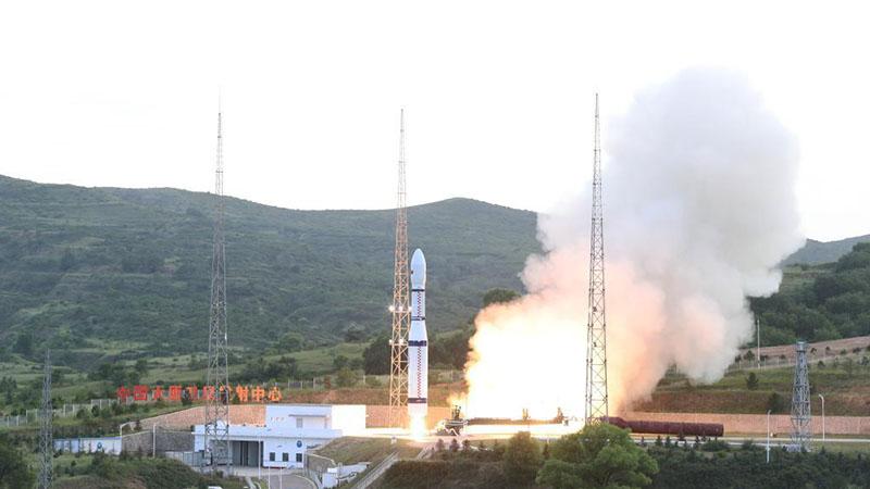 China sends two multimedia satellites into orbit