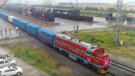 China launches first Beibu Gulf Port-Chengdu-Poland-Germany freight train