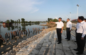 Spirit forged in combating floods   Stories shared by Xi Jinping