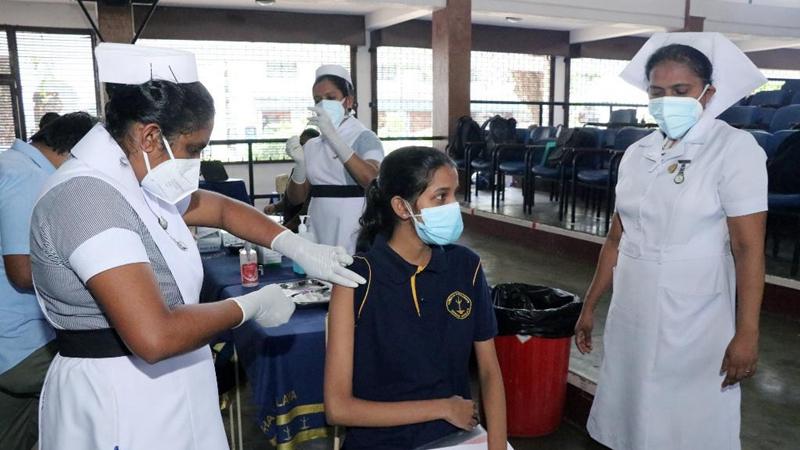 Sri Lanka begins vaccinating senior school students