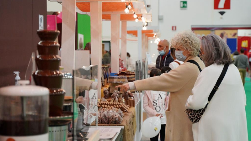 27th int'l chocolate festival Eurochocolate kicks off in Italy
